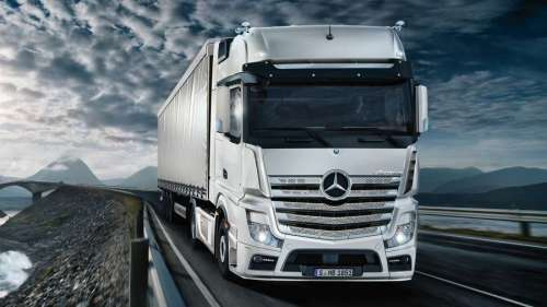 Знижено ціни на нові та вживані тягачі Mercedes-Benz
